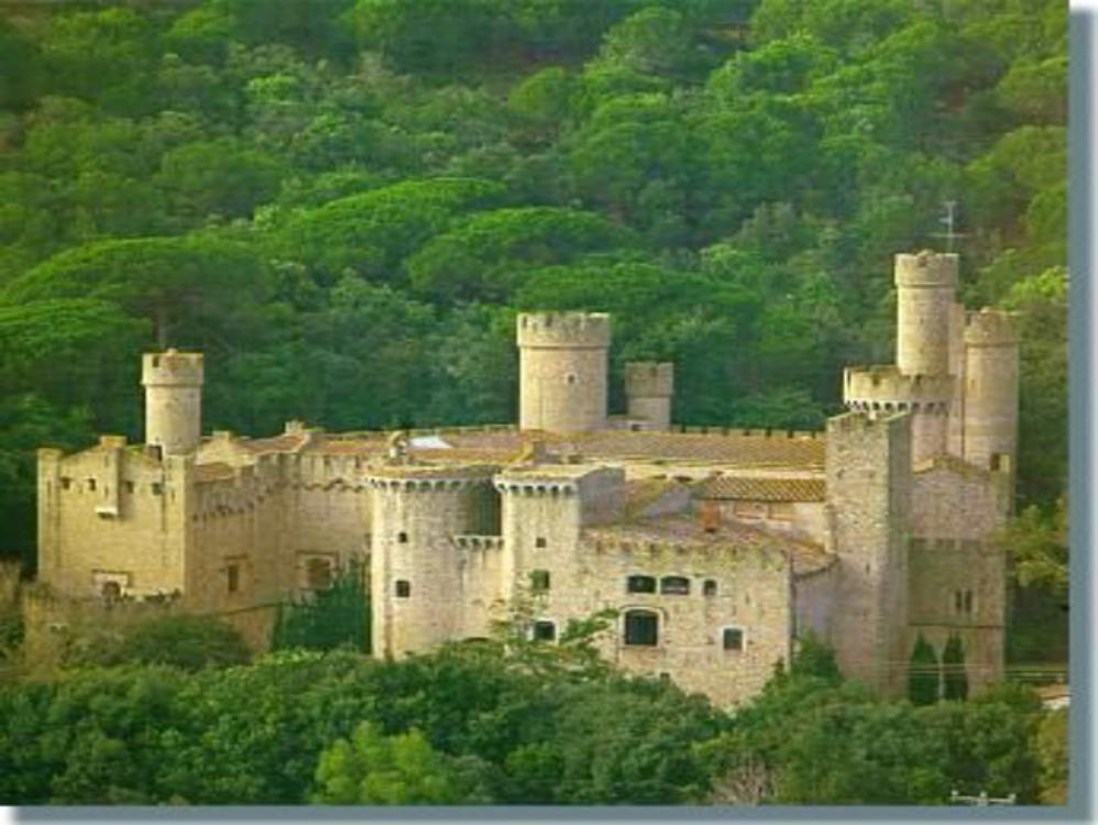 castillo en venta canet de mar